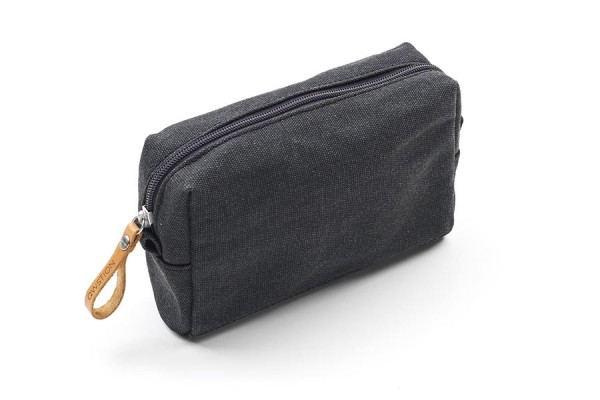 Qwstion Amenity Pouch washed black